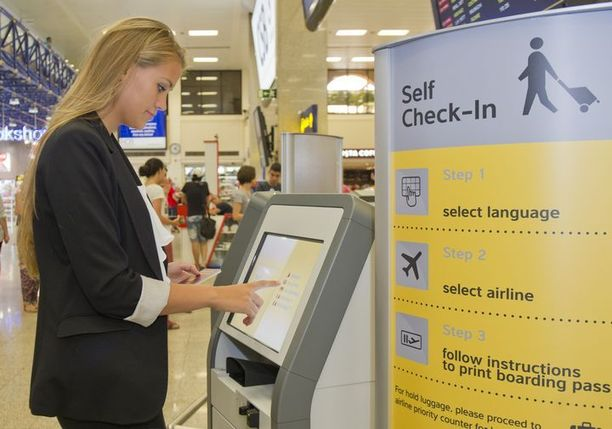 Ilustrasi self check-in