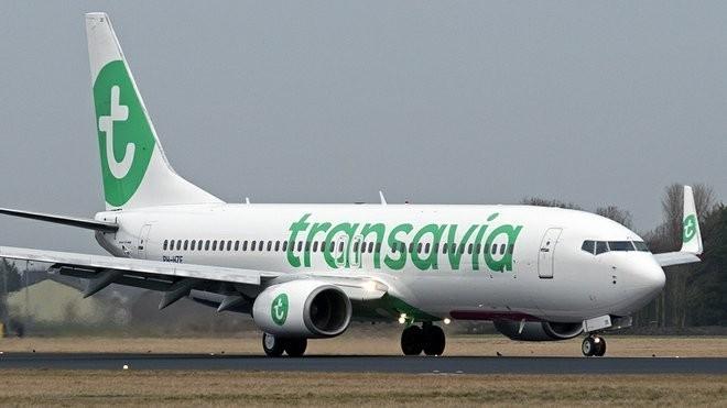 Ilustrasi di pesawat Transavia