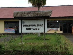 Bandar Udara Susilo Sintang.