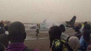 Pesawat hancur karena tabrakan dengan truk / sumber: Facebook, Bull Maliik