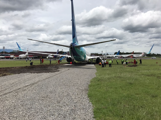 infopenerbangan.com/ proses evakuasi Garuda Indonesia