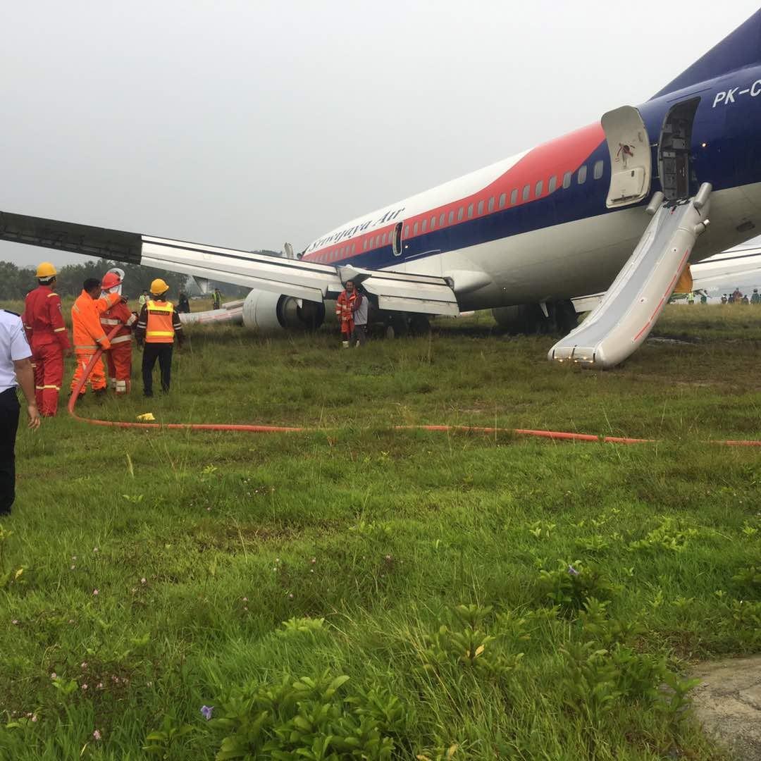 Srwijaya Air Tergelincir Di Bandara Rendani Manokwari ...
